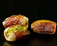 Sagaii stuffed dates